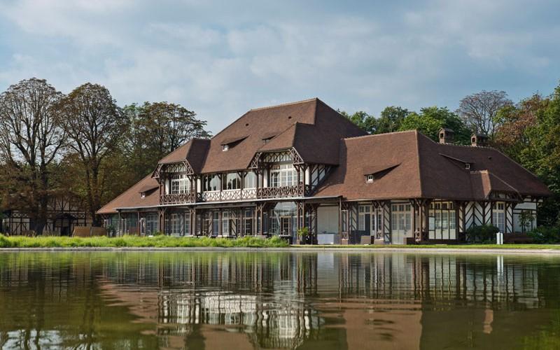 Location de salle au bois de boulogne les pavillons des for Bois de boulogne piscine